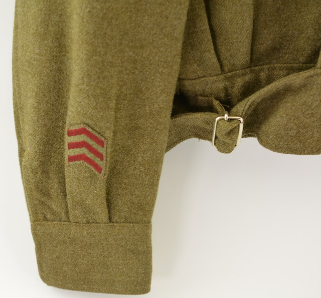 WW2 Canadian Uniform Jacket with canvass Patches 1945 Dated