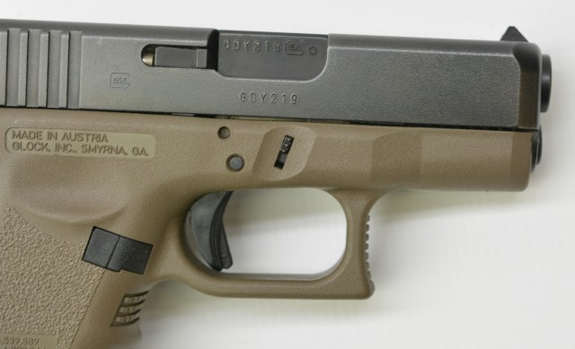 Glock 27 Sub Compact 40 S+W Pistol 2 Mags