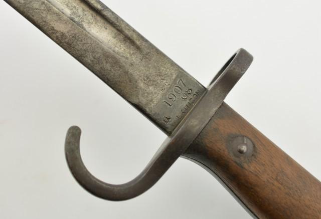 Scarce British Hooked Quillion 1st Yr Pattern 1907 Wilkinson