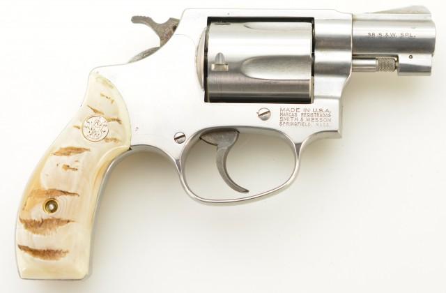 S&W Model 60-7 Revolver w/ Factory Faux Agate Grips